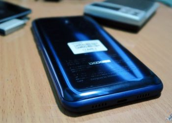 Doogee BL5000 features 4GB 64GB and a very unique style