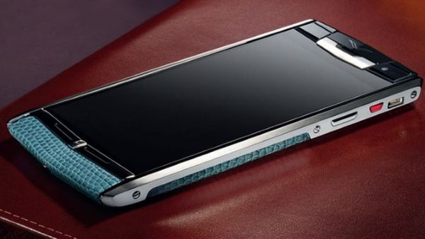 vertu-signature-touch-review-1
