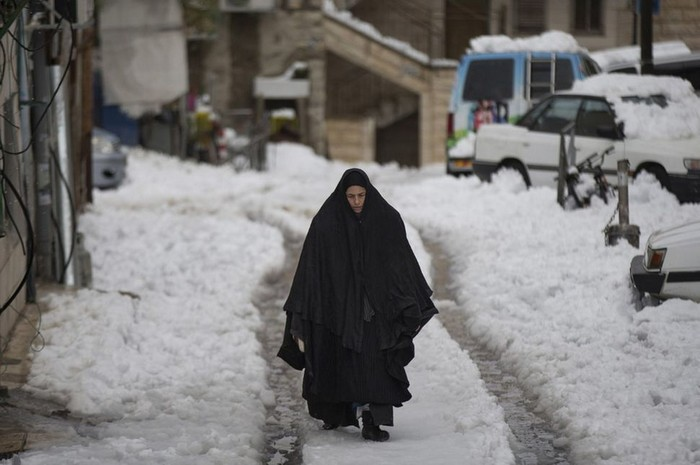 The Middle East sees snow for the first time in over 100 years [2012]