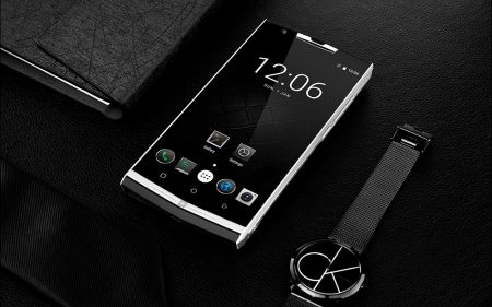Oukitel K10000 Pro has a megantic 10000mAh battery